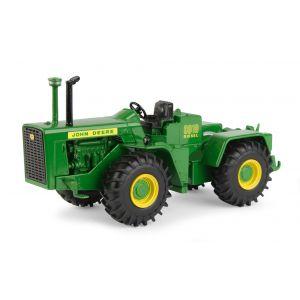 1/32 John Deere 8010 - 4WD single Wheels National Farm Toy Museum Select Series #2