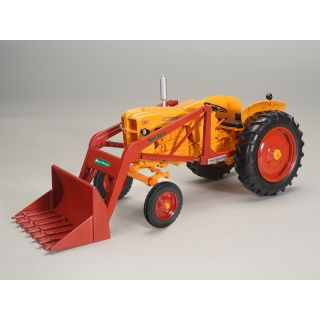 Minneapolis-Moline 445 with New Idea Loader - 2020 Summer Farm Toy Show - 1/16