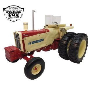 Farmall 1206 - 2021 NFTM Tractor - 1/16