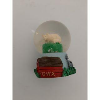 Mini Snow Globe - Pig Theme