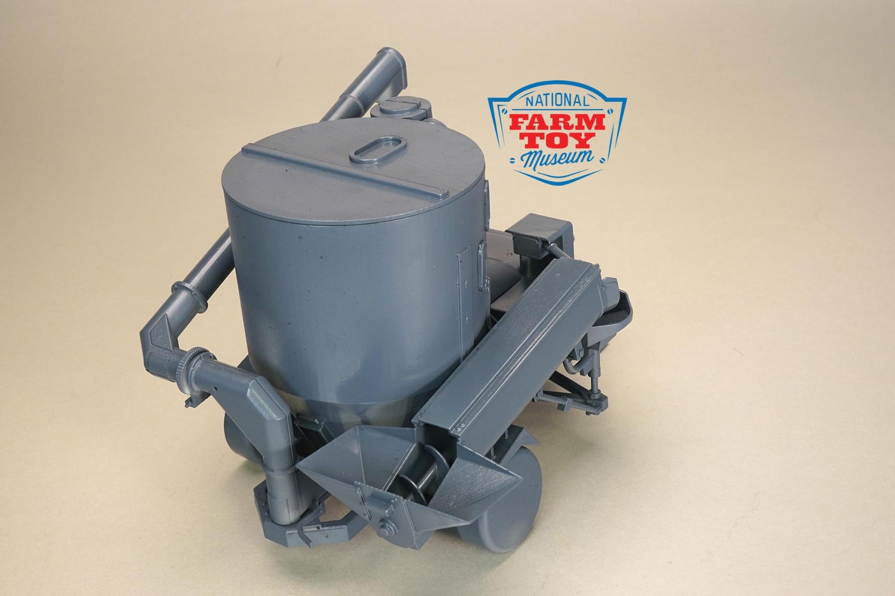 CUST-1974-Arts-Way-325-grinder-mixer 4